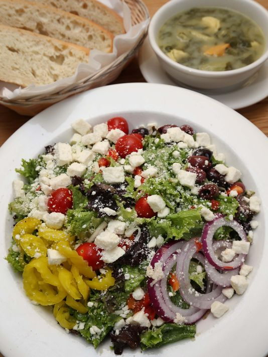 """Bambinos Cafe on Battlefield - Springfield News-Leader """"Dine on our Dime"""" Review - Springfield MO Italian Restaurant. Catering. Bakery"""